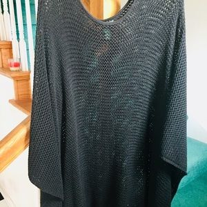 Lauren Ralph cape knitted no damage like new
